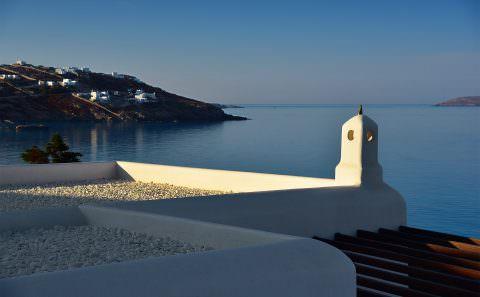 George Lizardos | Mykonos Grand