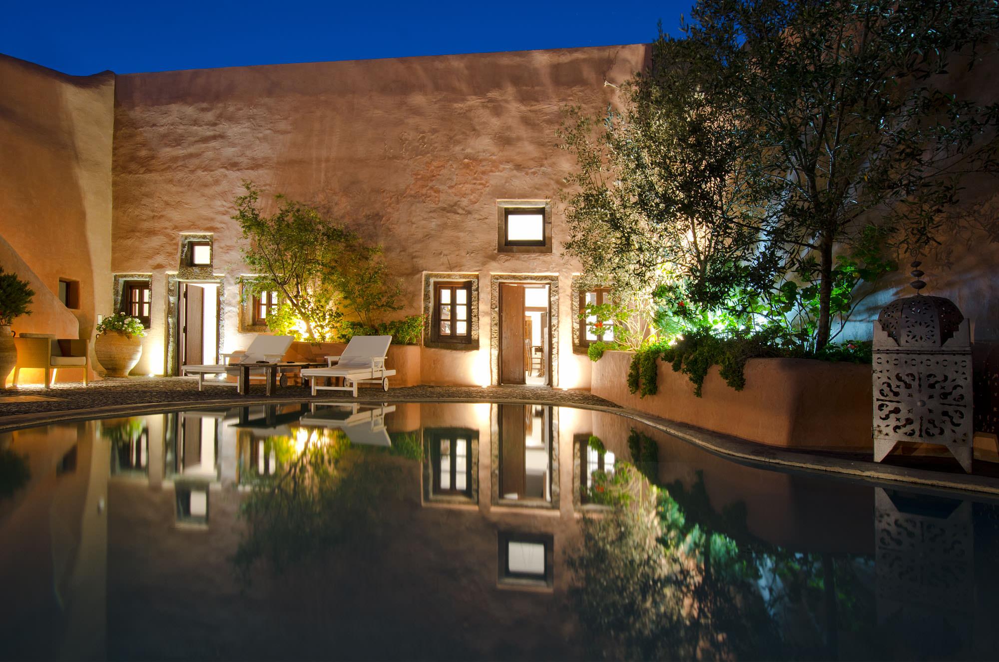 Villas and Mansions Santorini